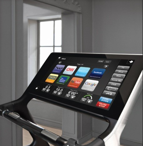 a console integrated with Technogym's innovative cloud technology