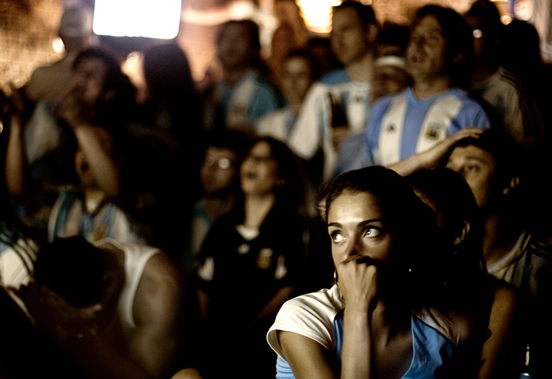 the internet has contributed to the obsession over football