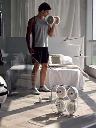 The Technogym PURESTRENGTH machine guarantees an innovative workout experience.