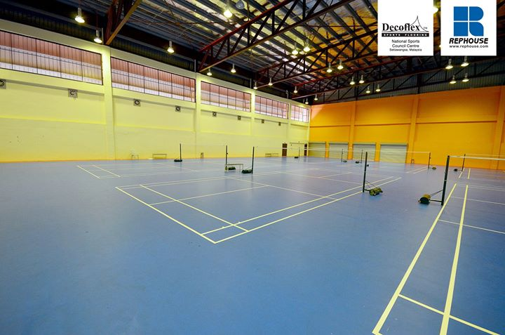 Decoflex seamless indoor sports floor at the National Sports Council Center in Titwangsa, Malaysia.